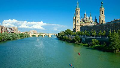 Zaragoza, bridge on the Ebro and basilica